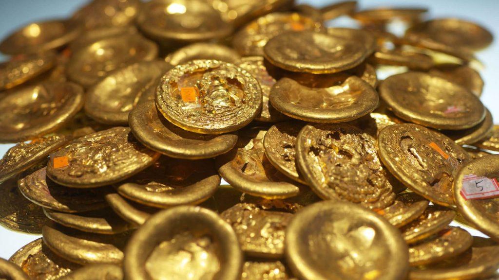 auksiniu-monetu-kruva