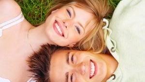 jaunuoliai-sypsosi