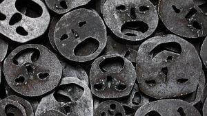 metaliniai-veidai