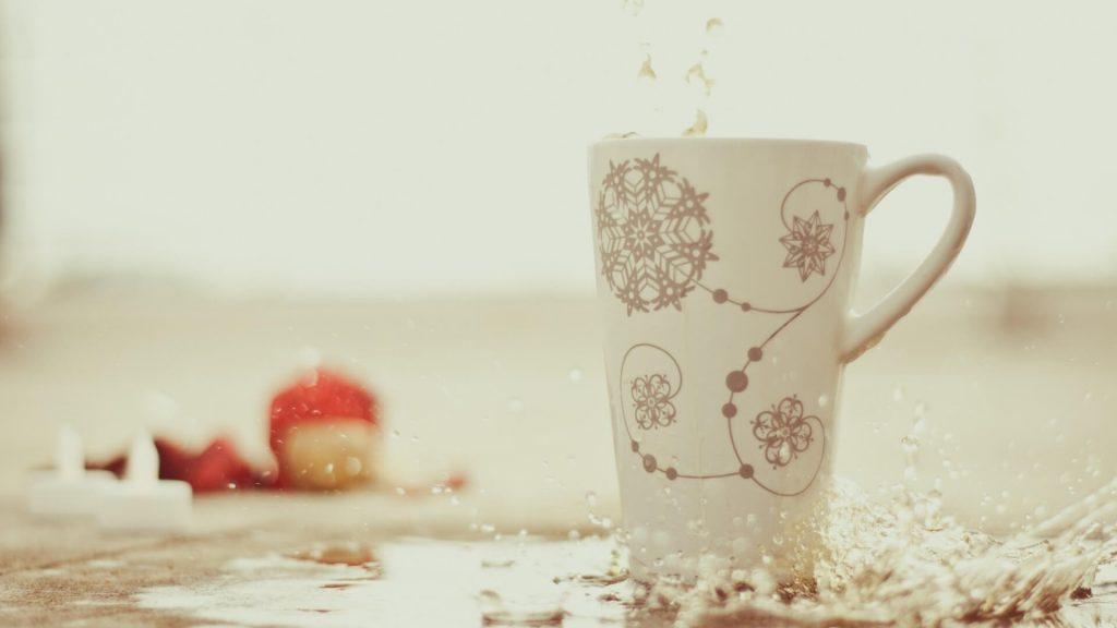 puodelis-su-arbata