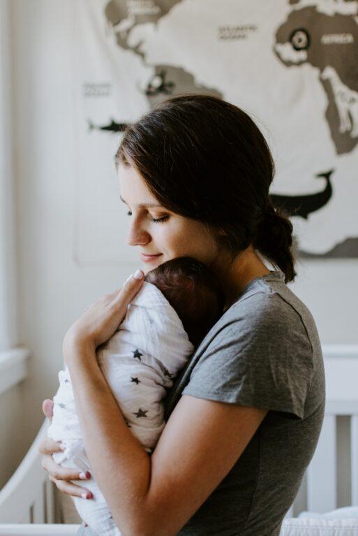 Motinos meilė, akla, beribė